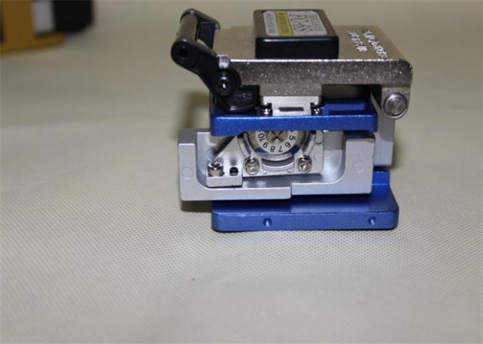 380g Weight High Precision Fiber Cleaver , Fiber Optic Cleaver 125um Outercoat Dia