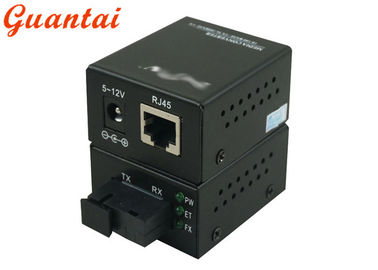 10 / 100M Mini Size Fiber Media Converter Black Color 0 - 50℃ Operating Temp